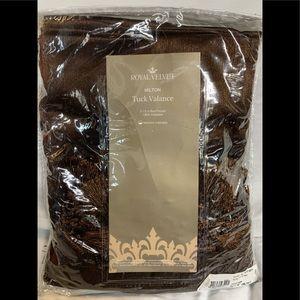 "Royal Velvet 50 X 18"" Valance Coffee Bean"